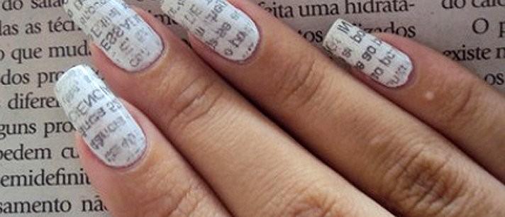 Como pintar as unhas com jornal