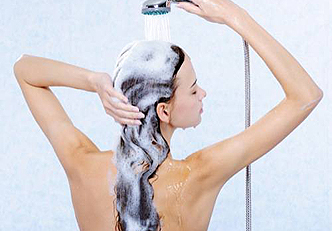 Aprenda a fazer um shampoo de bicarbonato de sódio