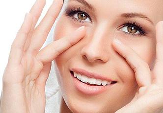 Remédios naturais contra manchas na pele