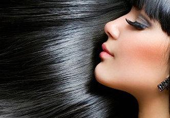 Shampoo a seco para cabelos escuros