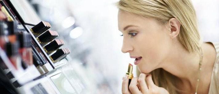 6 erros que você deve evitar ao comprar maquiagem