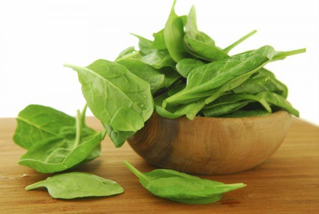 Alimentos para o crescimento das unhas