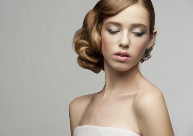 Como clarear seu cabelo para conseguir um efeito natural