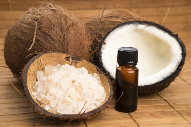 Usos do óleo de coco para a beleza