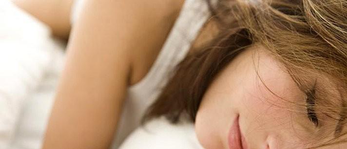 Aprenda como proteger o cabelo enquanto dorme