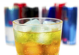Por que as bebidas energéticas são consideradas prejudiciais?