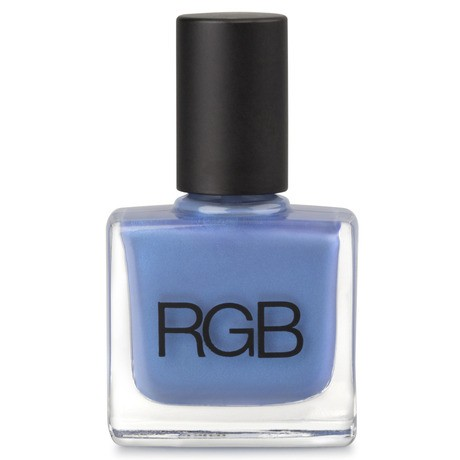 Os melhores tons de esmalte azul com brilho