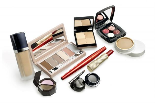 5 produtos essenciais de maquiagem