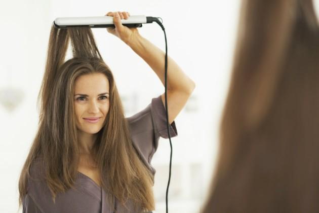 Erros que cometemos ao prancharmos o cabelo