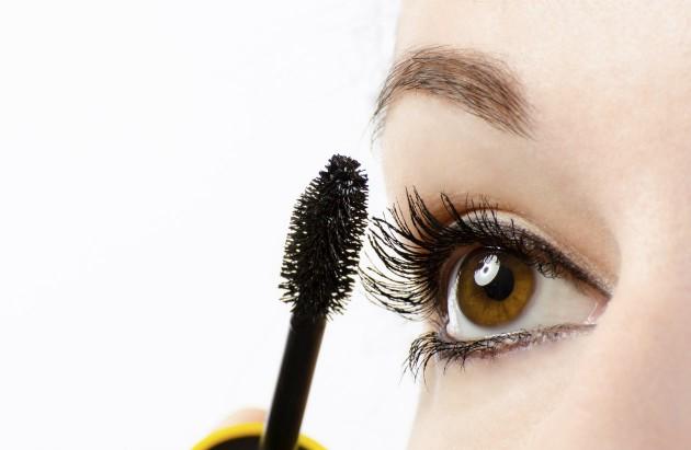 Dicas de maquiagem para olhos sensíveis