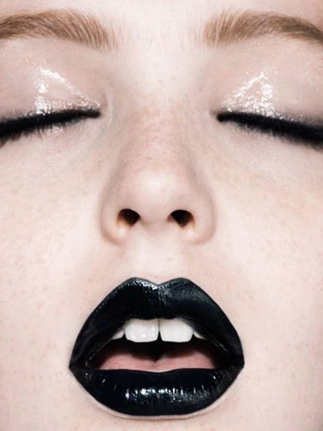 Dicas para usar batom preto