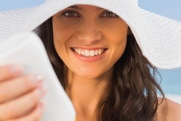 7 dicas para cobrir uma queimadura de sol com maquiagem