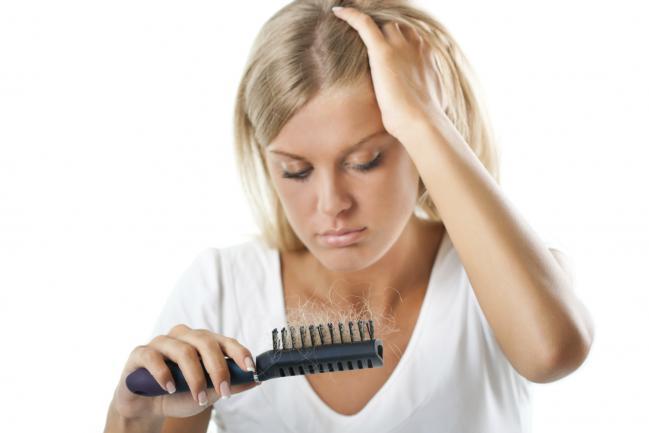 Controlar a queda de cabelo durante a quimioterapia