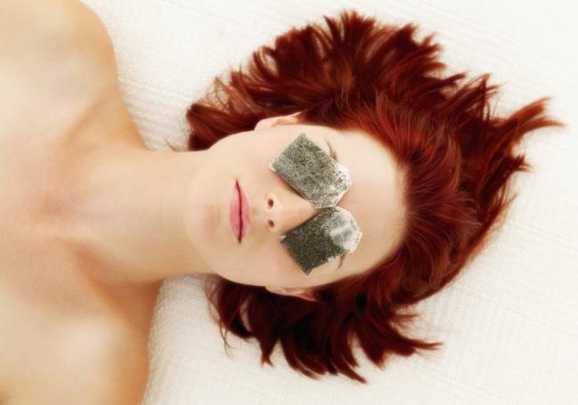 Tratamento caseiro para eliminar as olheiras