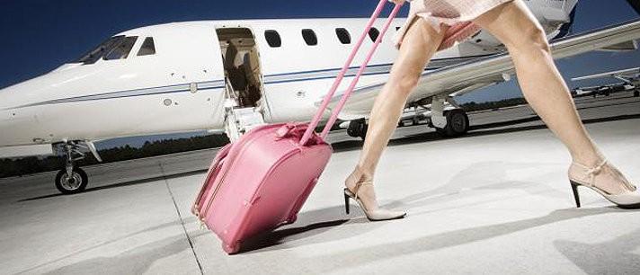 A maquiagem perfeita para viajar de avião