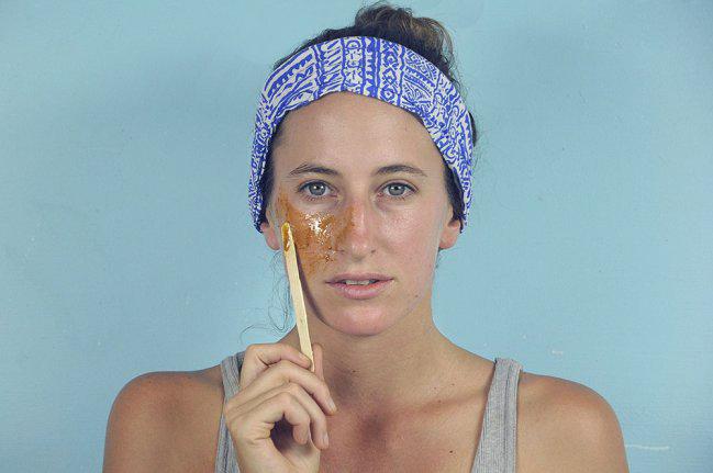 Máscara caseira para evitar a acne