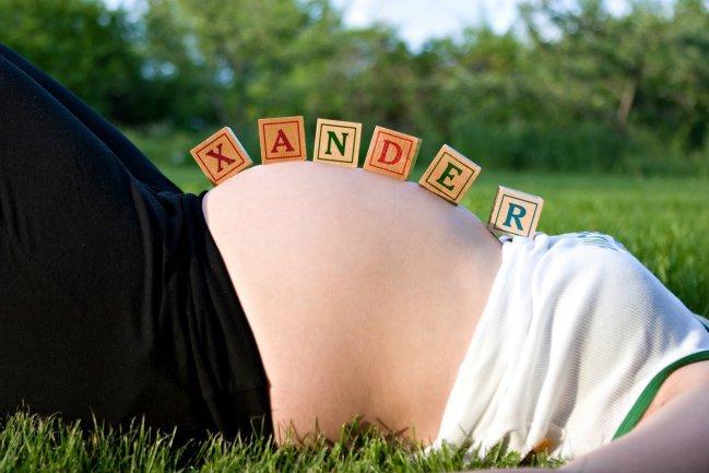 Descubra porque não é fácil escolher o nome do bebê