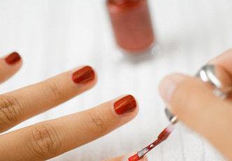 Truque com vinagre para fazer a suas unhas durar mais tempo