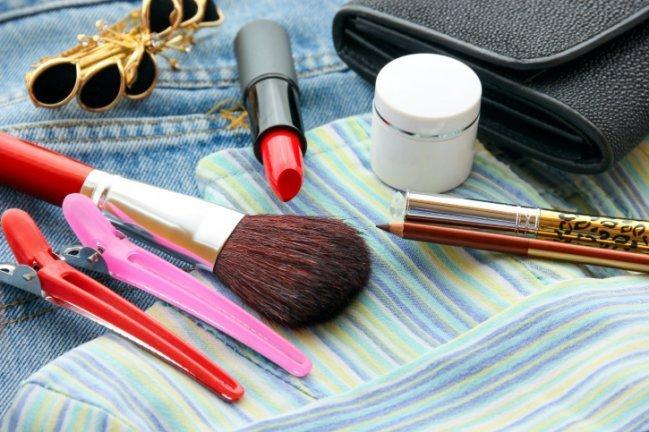 Necessaire de maquiagem ideal para viajar