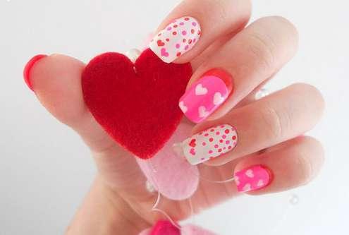 11 unhas românticas para você se inspirar