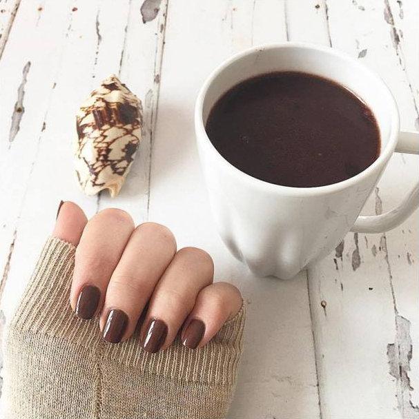 12 nail art de chocolate que você vai querer morder