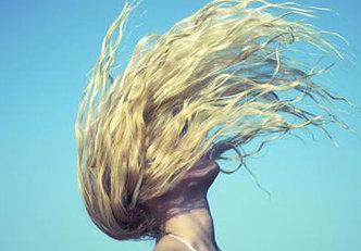 Overdose de sol? Recupere seu cabelo com estes 5 truques