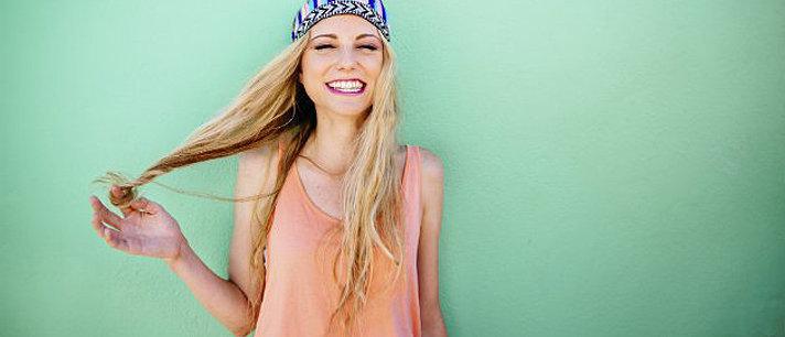 11 situações que só uma mulher com cabelo fino entenderá