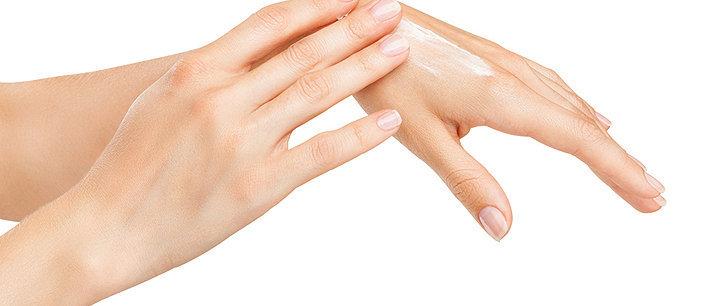 Como hidratar as mãos secas