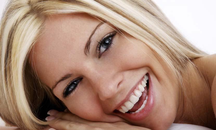 Alimentos que você não deve tomar se quer dentes brancos