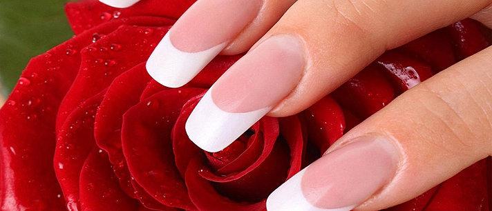 "Francesinha, a manicure ""curinga""."