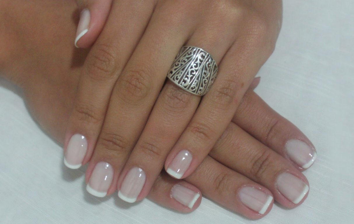 Francesinha, a manicure