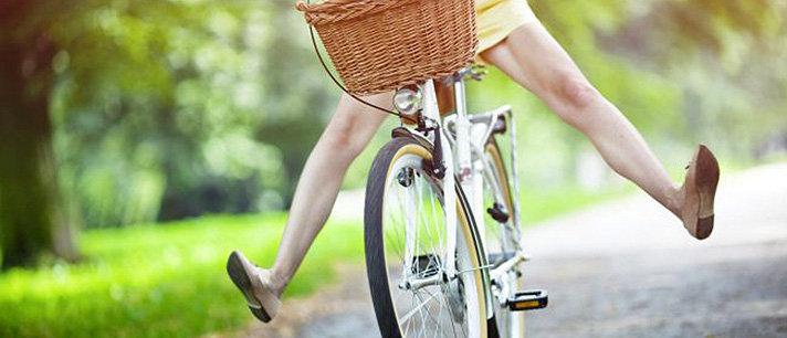 4 alongamentos que deve fazer antes de andar de bicicleta