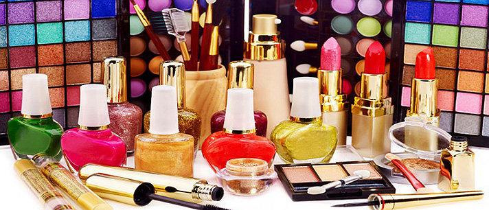 Aprenda quando se desfazer dos produtos de beleza