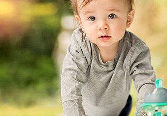 Quando posso dar suco ao meu bebê?