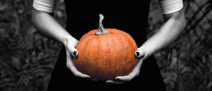 Desenhos fáceis de unhas para o Halloween