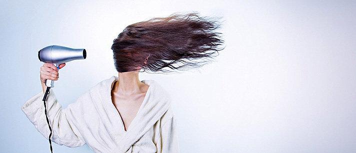 6 alimentos para combater o cabelo seco