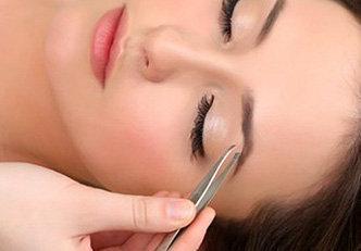 Tudo sobre maquiagem para sobrancelha