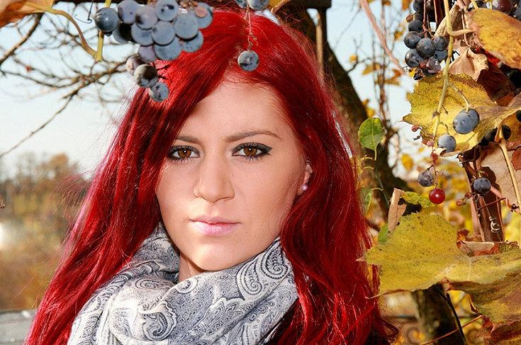 Como cuidar do cabelo tingido de vermelho