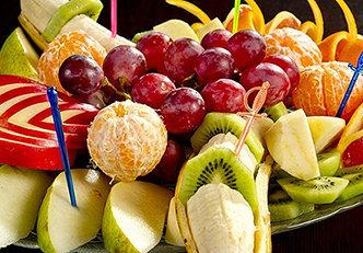 Alimentos diuréticos que deve incluir em sua dieta