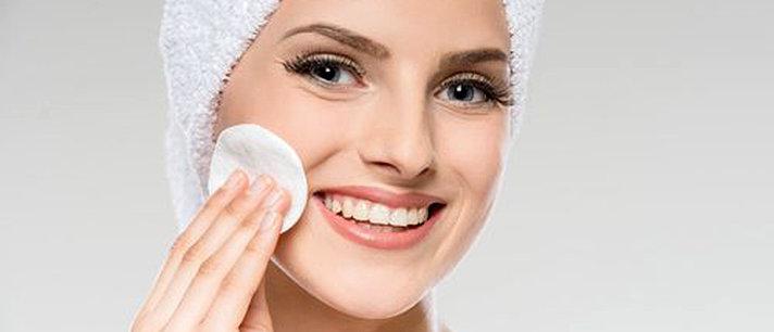 6 máscaras naturais para a limpeza de pele
