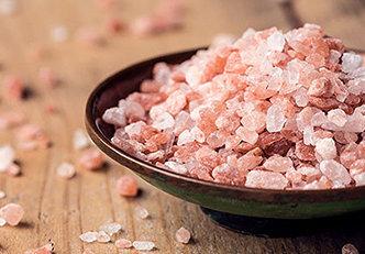 Sal rosa do himalaia e seus usos para a beleza