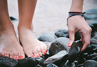 6 dicas para cuidar dos pés secos